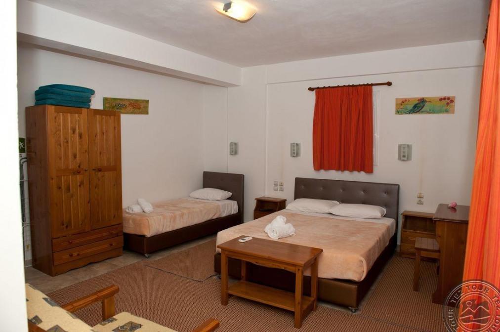 AITHRIO HOTEL 2+*