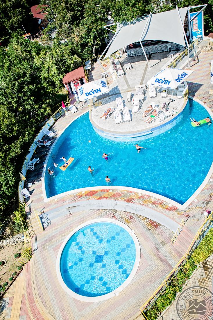 PARTY HOTEL GOLDEN SANDS 3*