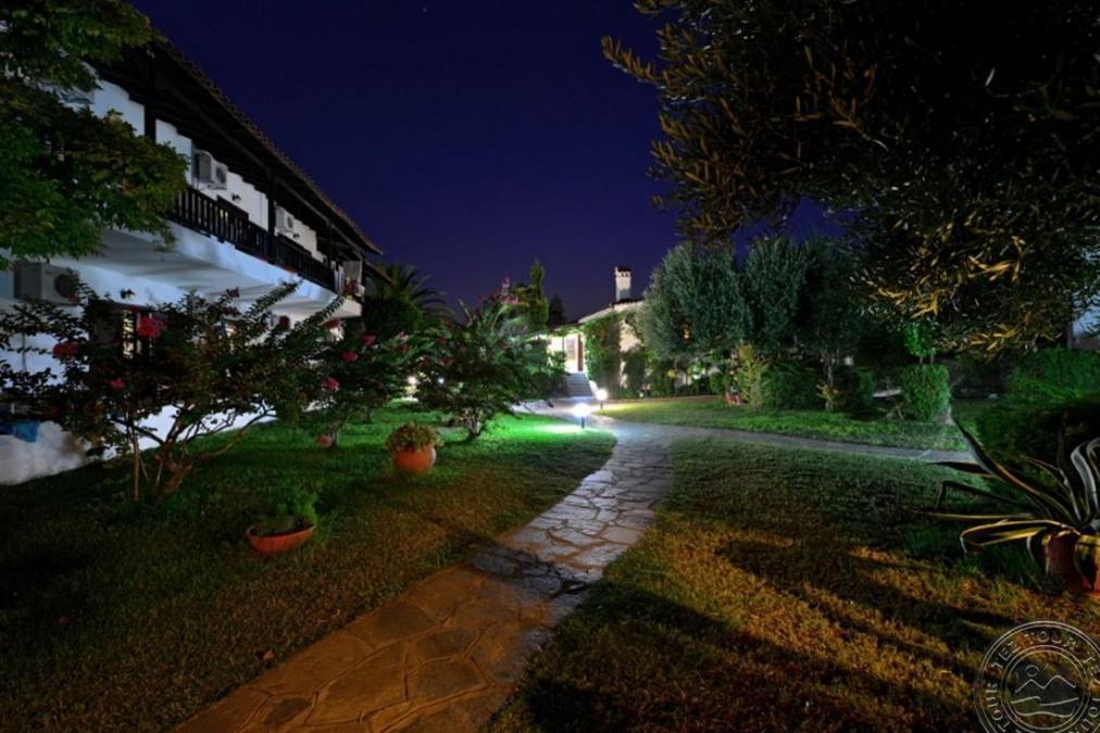 PHILOXENIA BUNGALOWS HOTEL 3*