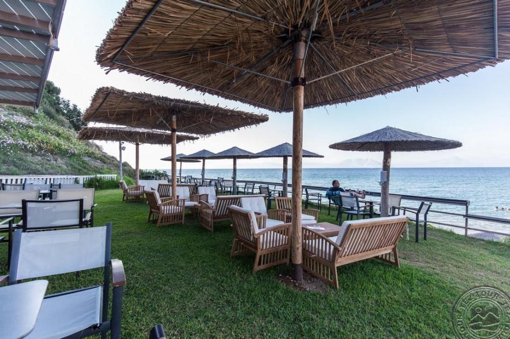 NIFOREIKA BEACH HOTEL & BUNGALOWS 3 *