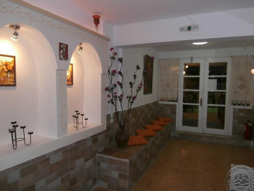 NARKISSOS HOTEL 2+*